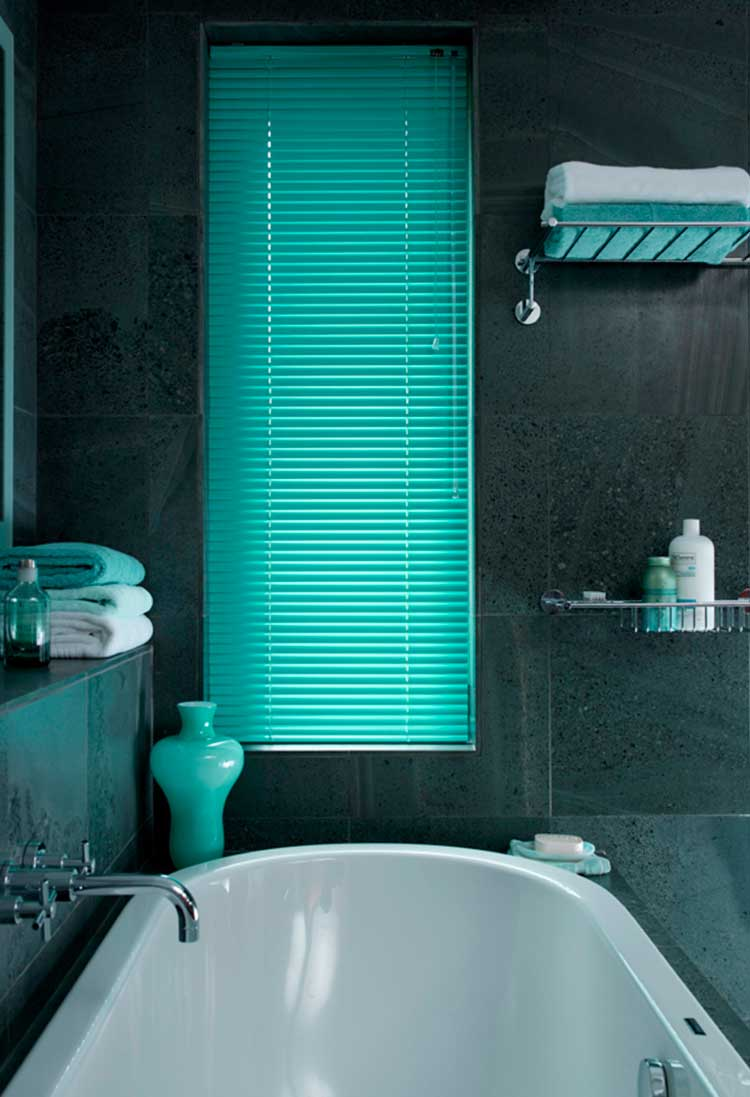 Bathroom Venetian blinds Hull